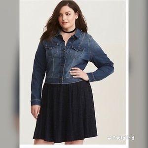 Torrid size 1 XL stretch denim snap up jacket